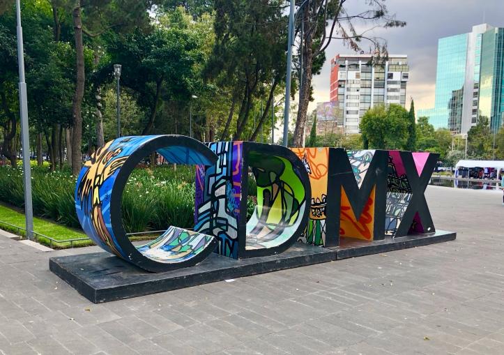 Mexico City name statue